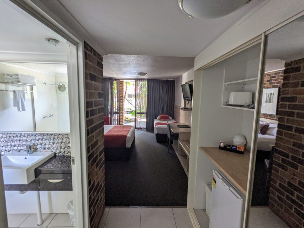 Brisbane and Gold Coast Queen room accommodation